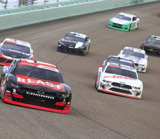 Tyler Reddick (2) leads the pack during Saturday's NASCAR Xfinity Series Ford EcoBoost 300 at Homestead-Miami Speedway. (HHP/Jim Fluharty Photo)