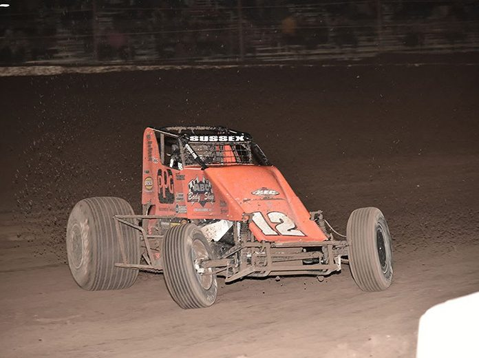 Stevie Sussex in action Sunday at Arizona Speedway. (Ben Thrasher Photo)