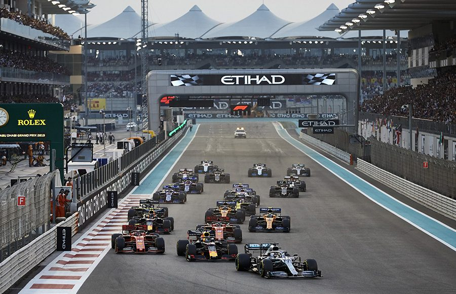 Lewis Hamilton (44) leads the Formula One field into first corner at the start of Sunday's Abu Dhabi Grand Prix. (Steve Etherington Photo)