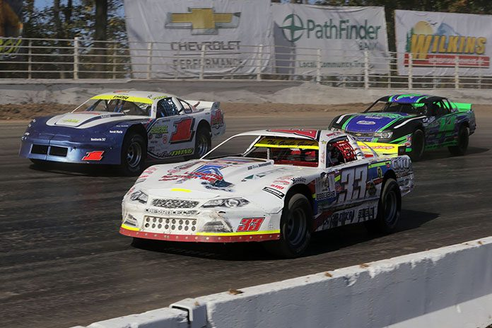 DIRTcar Racing will sanction the Pro Stock class at New York's Can-Am Speedway in 2020. (Jeff Ferguson Photo)