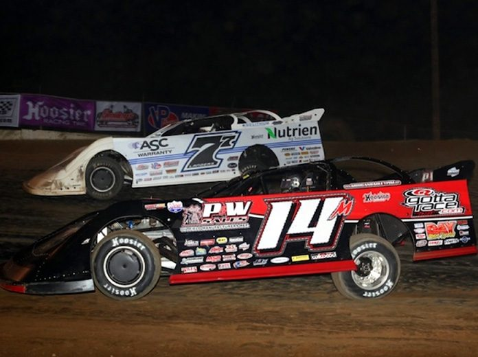 The 2020 COMP Cams Super Dirt Series schedule includes more than 30 dates. (Woody Hampton photo)