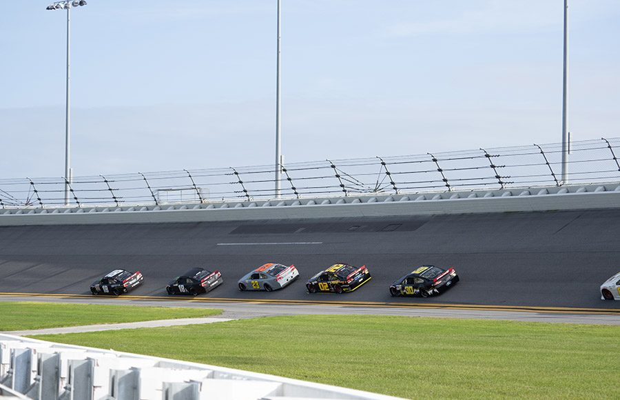Cars draft in a pack during the ARCA Menards Series test at Daytona Int'l Speedway. (Jason Reasin Photo)