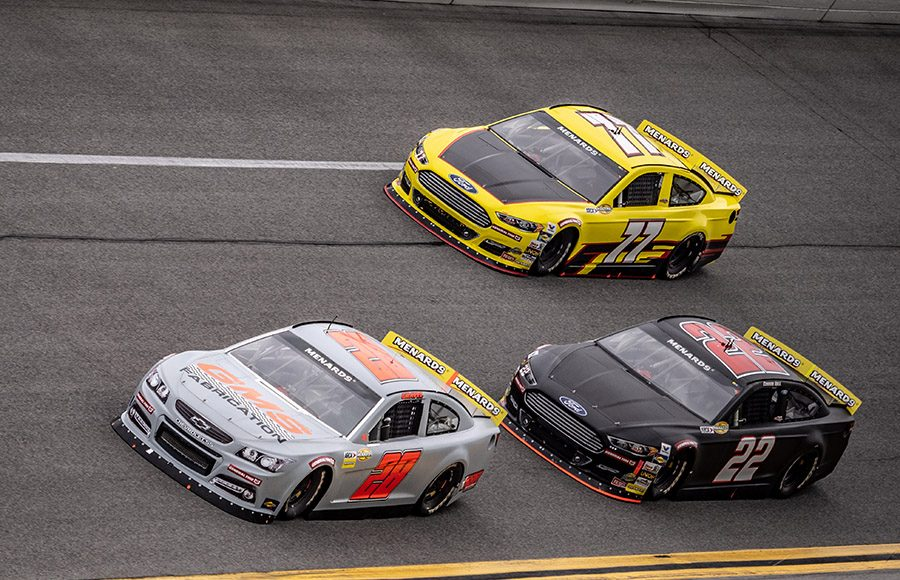 David Gravel (28) races ahead of a pair of Chad Bryant Racing Fords during the ARCA Menards Series test at Daytona Int'l Speedway. (Jason Reasin Photo)