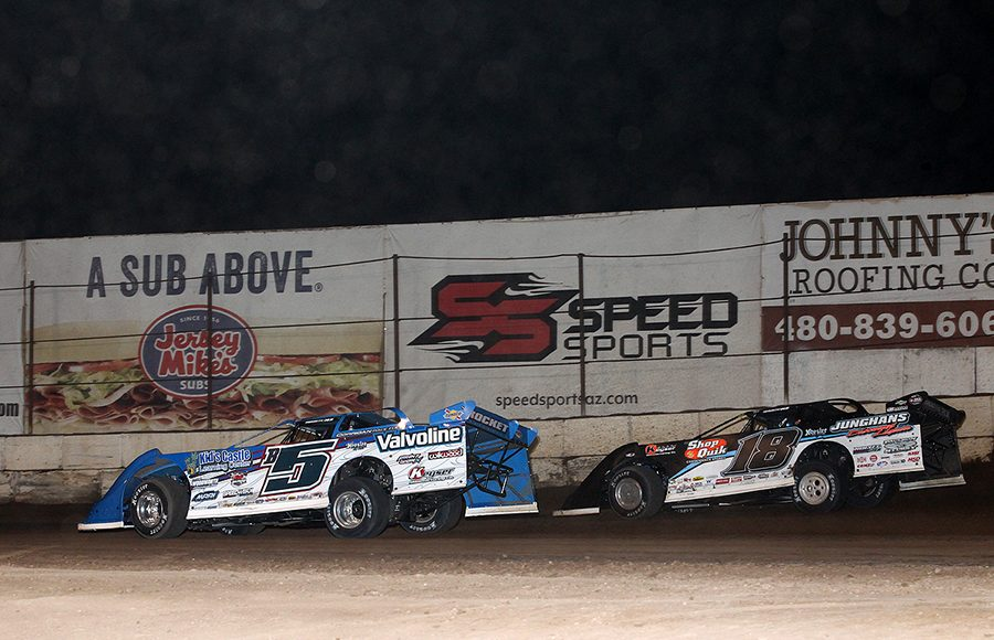 Brandon Sheppard (B5) races ahead of Chase Junghans during Saturday's Wild West Shootout main event at Arizona Speedway. (Mike Ruefer Photo)