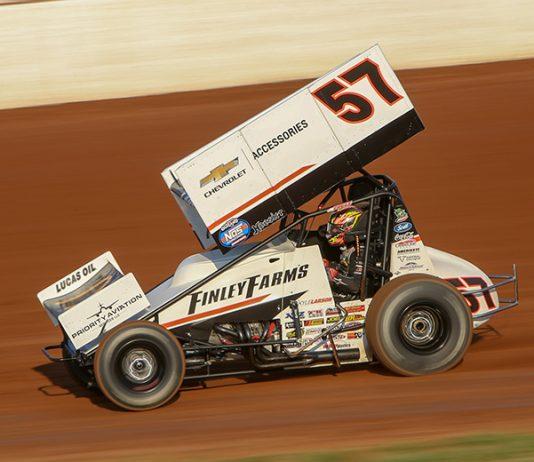 Kyle Larson will drive Paul Silva's No. 57 sprint car in Florida for seven-straight nights. (Adam Fenwick Photo)