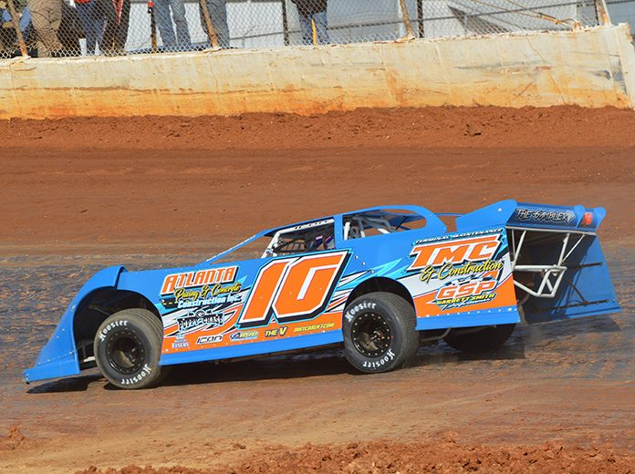 Garrett Smith in action at Boyd's Speedway on Saturday afternoon. (Down N Dirty Photography Photo)