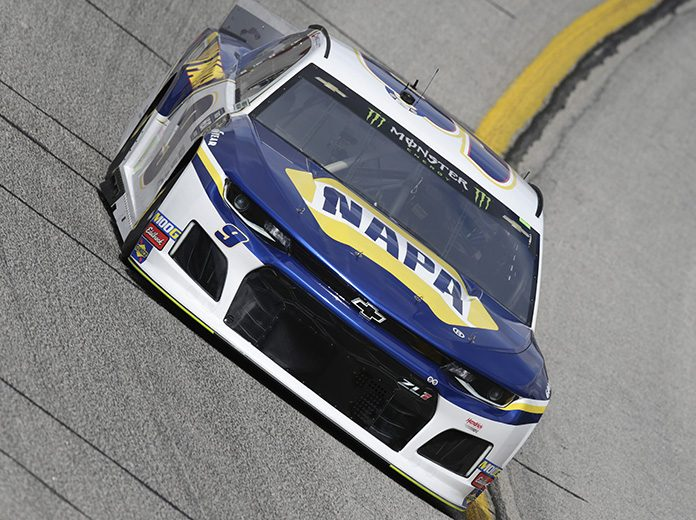 NAPA Auto Parts has extended its sponsorship of Hendrick Motorsports through 2022. (HHP/Garry Eller Photo)