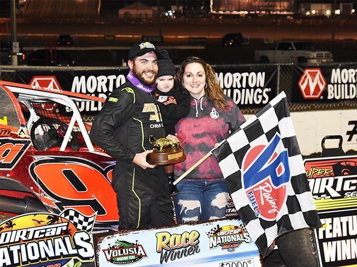 Larry Wight in victory lane Friday at Volusia Speedway Park. (Joe Grabianowski Photo)