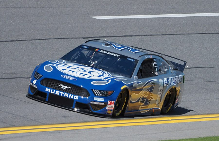 Starting 10th in his 19th Daytona 500, 2007 Daytona 500 winner Kevin Harvick in the No. 4 Stewart-Haas Racing Ford. (Dave Moulthrop Photo)
