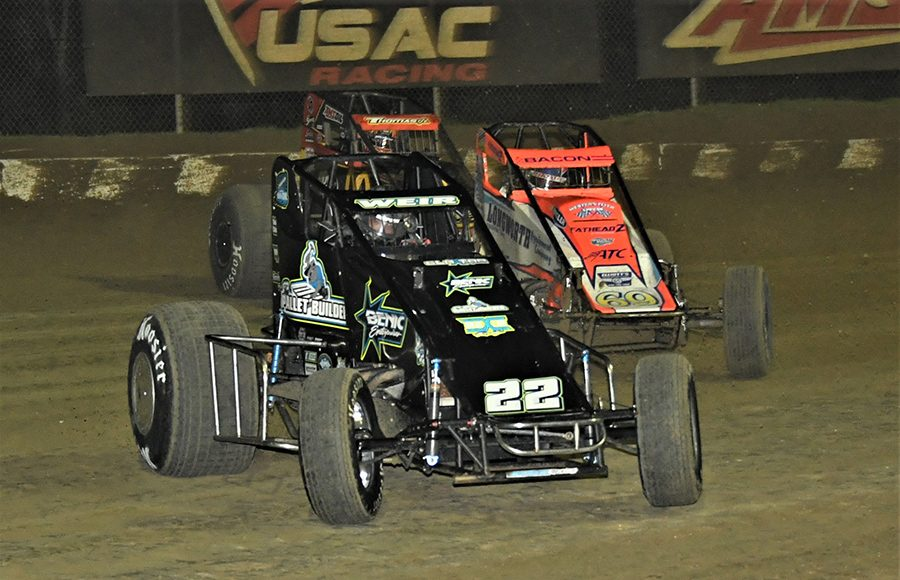 Scotty Weir (22), Brady Bacon (69) and Kevin Thomas Jr. battle for position during Saturday's USAC AMSOIL National Sprint Car Series event at Bubba Raceway Park. (Al Steinberg Photo)