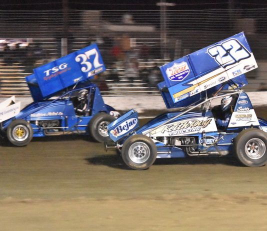 Mitchell Faccinto (37) races past Keith Day Jr. at California's Keller Auto Speedway. (Joe Shivak photo)