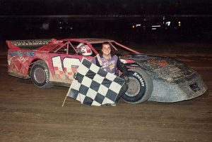 Tony Izzo Jr., pictured here at Michigan's Hartford Speedway, had a banner year on the dirt in late model stock car competition in 1995, winning 31 feature races during the season. (Jim Denhamer Photo)