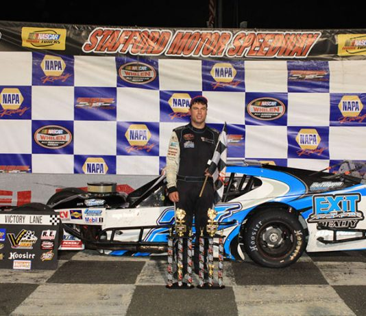Jon McKennedy has reunited with Art Barry for four open modified races at Stafford Speedway.