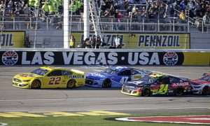 Joey Logano (22) gets a push from Ricky Stenhouse Jr. during the final restart Sunday at Las Vegas Motor Speedway. (HHP/Alan Marler Photo)