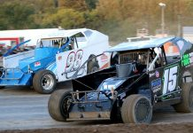 Walter J. Hammond (#98) and Vermont's Adam Pierson (#15) battle through the turns at Devil's Bowl Speedway; the King of Dirt Racing Crate Modified Series will visit the West Haven, Vt., track twice in 2020. (Alan Ward photo)