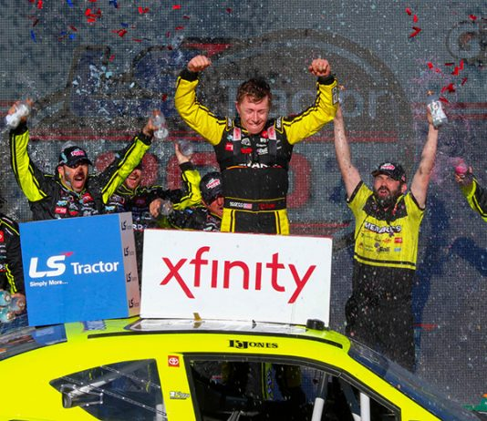 Brandon Jones celebrates in victory lane after winning Saturday's NASCAR Xfinity Series race at Phoenix Raceway. (Ivan Veldhuizen Photo)