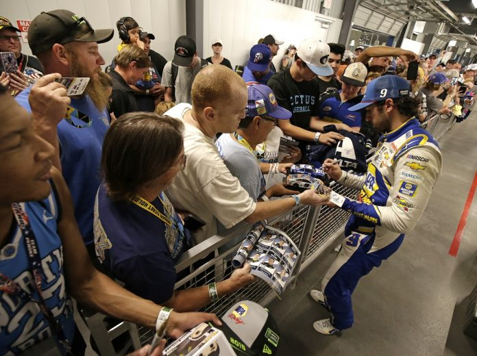 NASCAR makes changes to race weekend event procedures as a coronavirus precaution