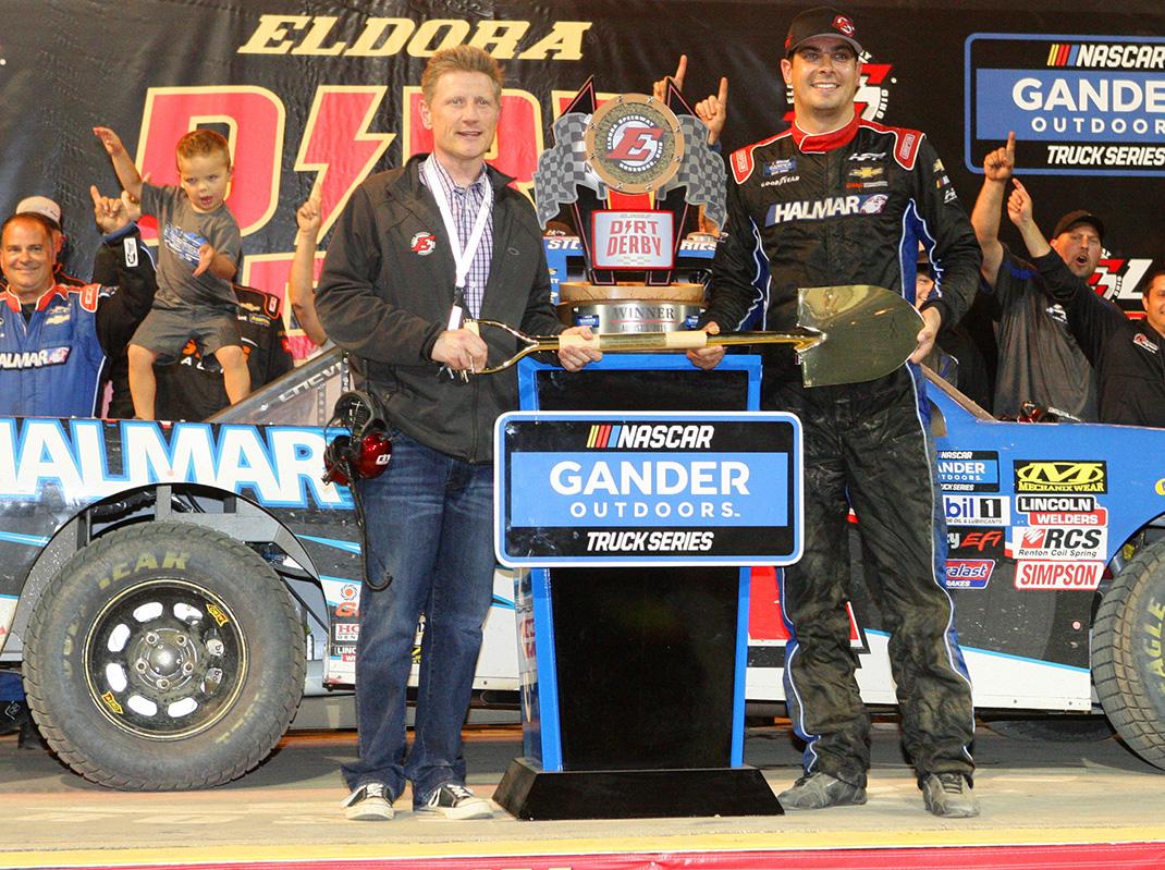 Roger Slack and Stewart Friesen (Todd Ridgeway Photo)