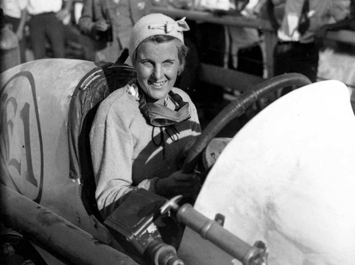 Elfrieda Mias was one of the few female racers in the early 1900s. (Bob Gates Photo Collection)