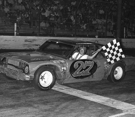 In 1970, George Hill and his Chevelle No. 27 captured 17 feature wins on the way to the late model championship at Chicagoland's Raceway Park. (Bud Norman Photo)