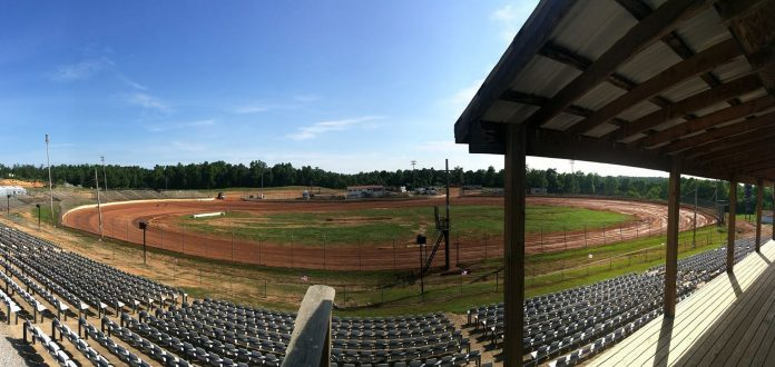 Legit Speedway Park will host a two-night COMP Cams Super Dirt Series event on Memorial Day weekend.