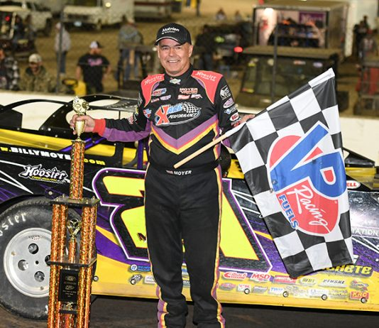 Billy Moyer in victory lane Saturday night at Federated Auto Parts Raceway. (Don Figler Photo)