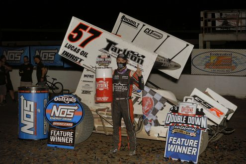 Kyle Larson stands in victory lane after winning Saturday's World of Outlaws NOS Energy Drink Sprint Car Series feature at Federated Auto Parts Raceway at I-55. (Mark Funderburk Photo)