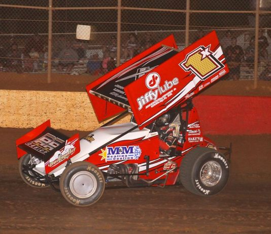 Chad Trout en route to victory at Lincoln Speedway. (Dan Demarco photo)