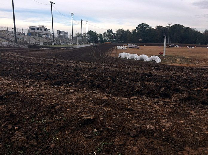 I-30 Speedway in Arkansas will host the COMP Cams Super Dirt Series on Saturday.
