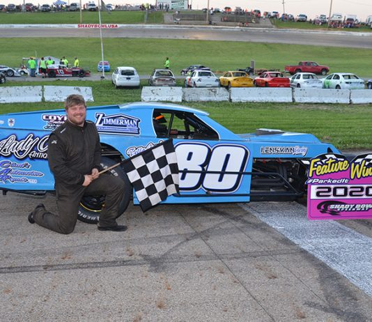 Chris Parker won the modified feature on Saturday at Shady Bowl Speedway. (Peggy Isaacs Photo)