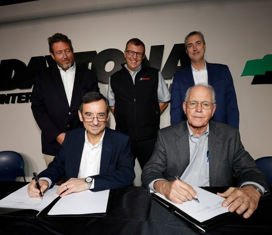 Pierre Fillon, ACO President, and Jim France, IMSA Chairman sign documents introducing the LMDh category which will be shared by WEC and IMSA. They are joined by GÈrard Neveu, CEO of the FIA World Endurance Championship, John Doonan, IMSA President, and IMSA CEO Ed Bennett.
