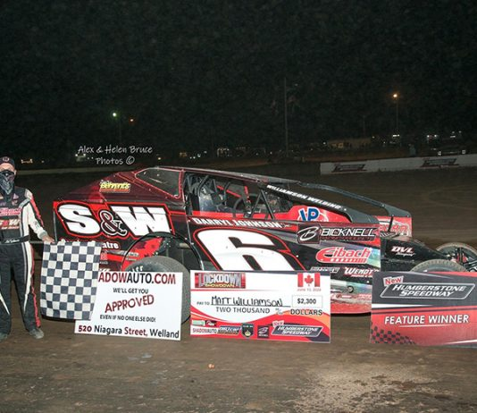Mat Williamson in victory lane after winning the Lockdown Showdown for the DIRTcar 358 Modifieds Saturday at New Humberstone Speedway. (Alex and Helen Bruce Photo)