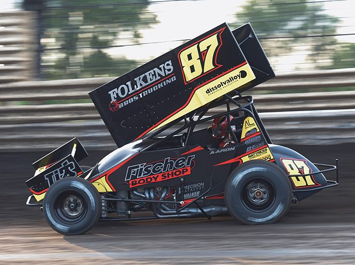 Aaron Reutzel in action Saturday at Knoxville Raceway. (Ken Berry Photo)