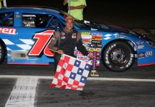Scott Dragon in victory lane at Thunder Road Int'l Speedbowl. (Alan Ward photo)