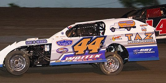Fred Wojtek raced to a second $1,000 IMCA Modified Red River Tour South victory in as many nights, leading all 25 laps of the Friday feature at Heart O' Texas Speedway. (Stacy Kolar Photo)