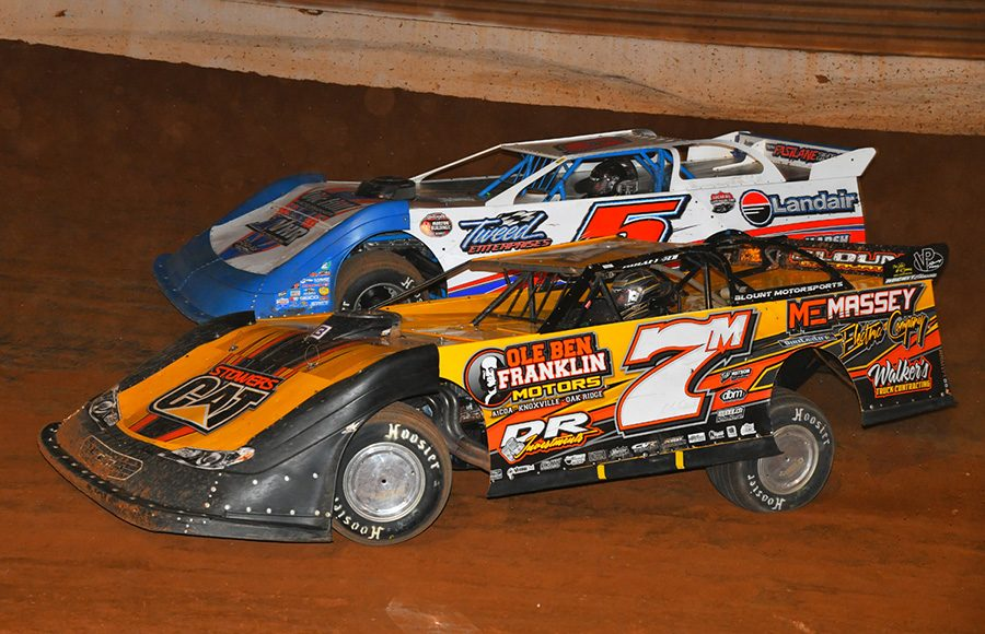 Donald McIntosh (7m) battles Vic Hill during Friday's Schaeffer's Oil Iron-Man Championship Late Model Series event at Tazewell Speedway. (Michael Moats Photo)