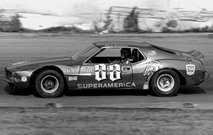 Tom Reffner and his No. 88 1974 AMC Javelin won the inaugural Wayne Carter Classic at the Grundy County Speedway in Morris, Ill., on Sept. 7, 1975. (Stan Kalwasinski Photo)