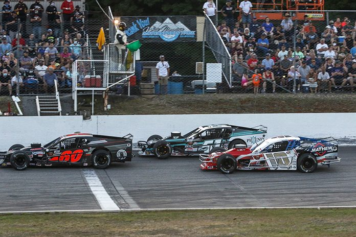 The NASCAR Whelen Modified Tour will make a return visit to White Mountain Motorsports Park on Aug. 1. (Dick Ayers Photo)