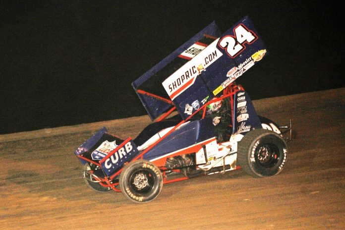 Rico Abreu en route to victory at Muskingum County Speedway. (Julia Johnson photo)