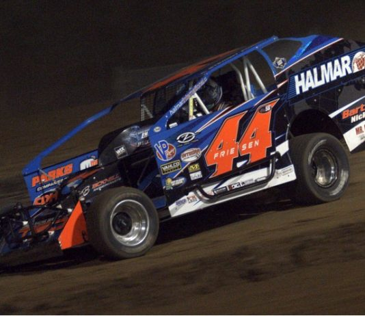 Stewart Friesen on his way to victory Friday at Albany-Saratoga Speedway. (Dave Dalesandro Photo)