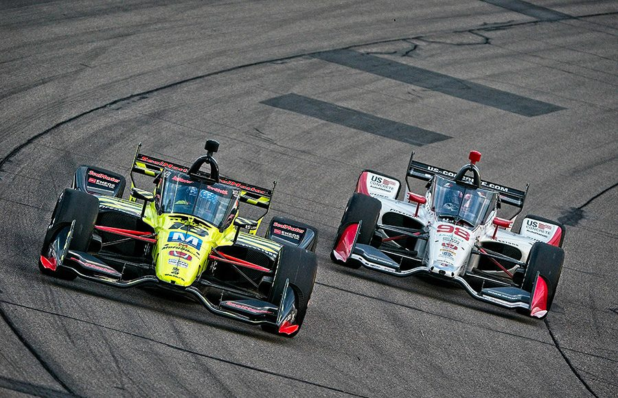 Santino Ferrucci (18) and Marco Andretti race for position during Saturday's NTT IndyCar Series race at Iowa Speedway. (Ray Hague Photo)