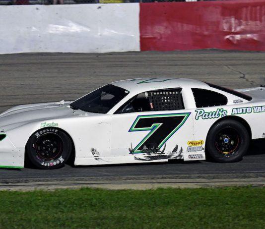 Paul Shafer Jr. at Grundy County Speedway Friday night. (Stan Kalwasinski photo)