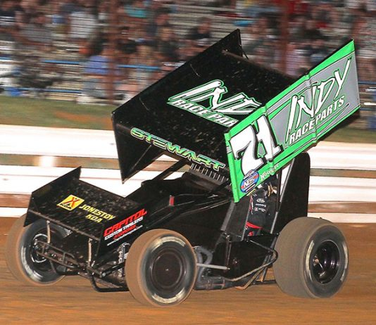 Shane Stewart in action last weekend at Williams Grove Speedway in the Indy Race Parts No. 71. (Dan Demarco Photo)