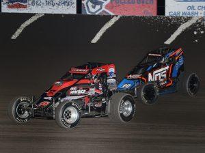 Kyle Cummins (3r) battles Chris Windom during Sunday's Indiana Sprint Week finale at Tri-State Speedway. (Neil Cavanah Photo)