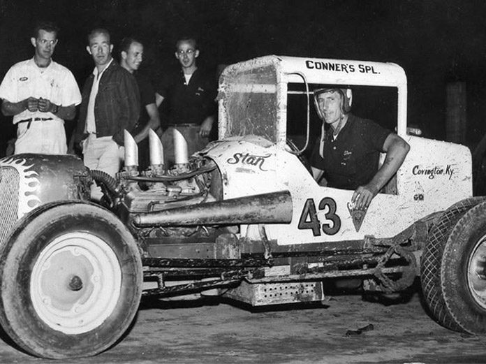 Stan Bowman at Lawrenceburg Speedway in 1961. (Bob Gates Photo Collection)