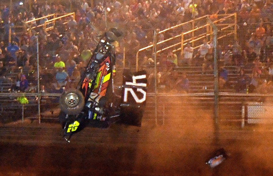 Sye Lynch flips wildly during Friday's 410 sprint car program at Lernerville Speedway. (Hein Brothers photo)