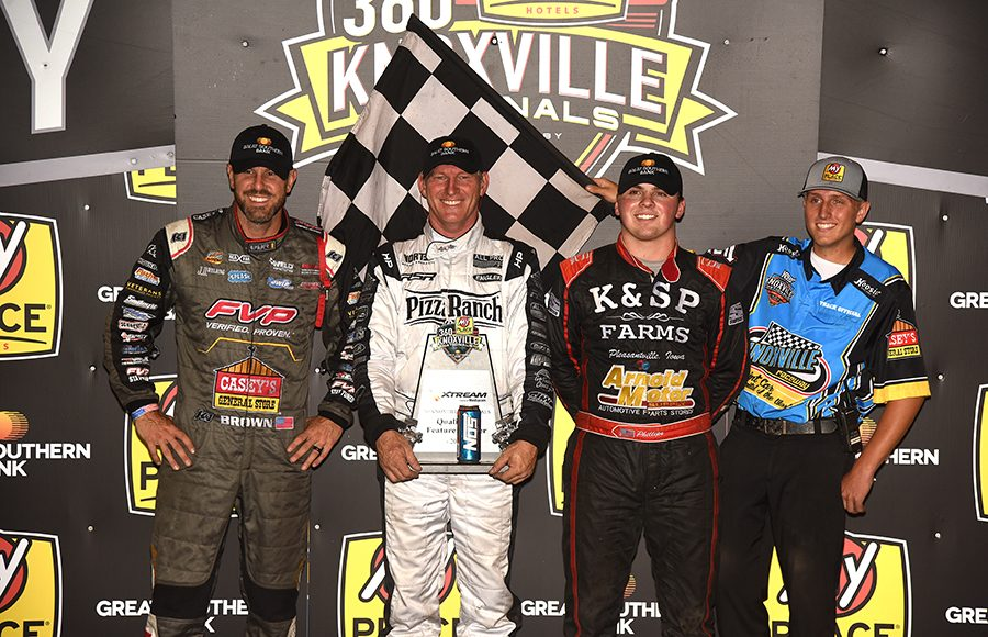 Lynton Jeffrey (center) outran Brian Brown (left) and Sawyer Phillips (right) to win Friday's 360 Knoxville Nationals preliminary feature at Knoxville Raceway. (Paul Arch Photo)