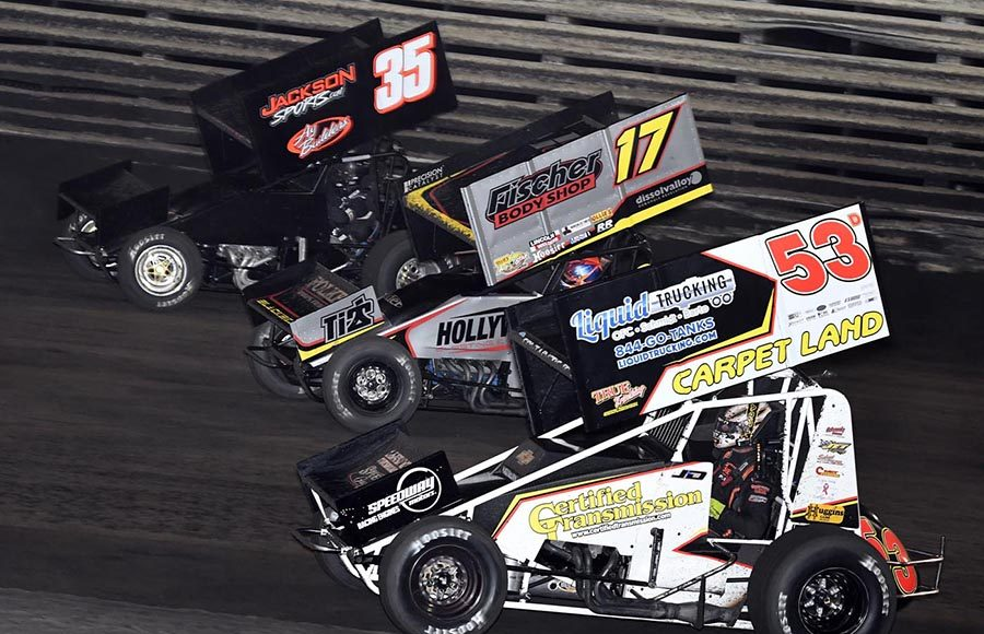 Jack Dover (53), Josh Baughman (17) and Skylar Prochaska battle during the 360 Knoxville Nationals B Main Saturday night at Knoxville Raceway. (Frank Smith Photo)
