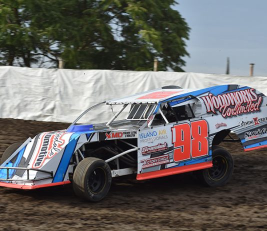 Robby Sawyer was the victor in Thursday's California IMCA Modified Speedweek event at Merced Speedway. (Joe Shivak Photo)
