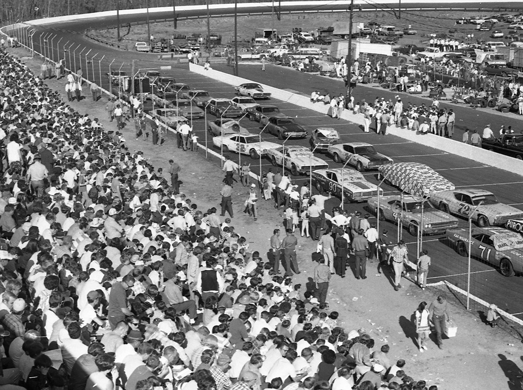 Greenville-Pickens Speedway in 1971. (NSSN Archives Photo)
